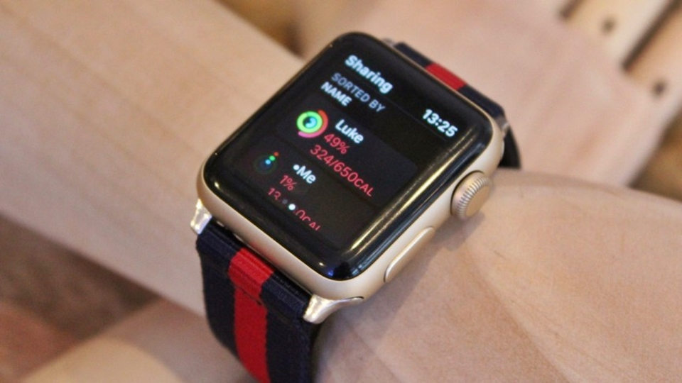 Huan-luyen-vien-the-duc-ao-sap-duoc-google-cho-ra-mat-tren-apple-watch