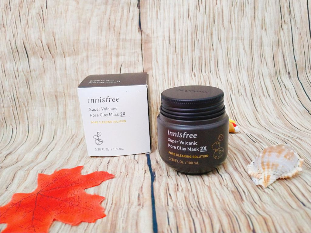 Review-san-pham-mat-na-tro-nui-lua-sieu-hot-innisfree-pore-clay-mask